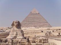 Sphinx e Giza de Piremide imagens de stock