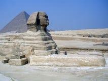 Sphinx e pirâmide Egipto Fotografia de Stock