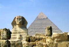 Sphinx e piramide immagine stock libera da diritti