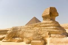 Sphinx et Cheops Photographie stock