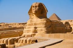 sphinx för egypt full giza profilpyramid Arkivbilder