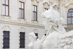 Sphinx im Park des Belvedere-Palastes in Wien Stockfoto