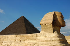 Sphinx & pyramid royalty free stock photography
