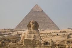 Sphinx and Pyramid of Khafre Royalty Free Stock Images