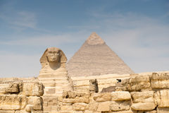 The Sphinx and Pyramid of Khafre Royalty Free Stock Images