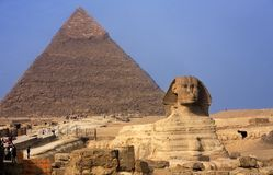 The sphinx & the pyramids Royalty Free Stock Photography