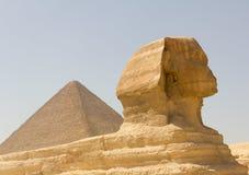 Sphinx und Cheops Lizenzfreies Stockbild
