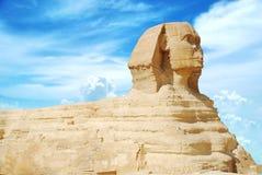 Sphinx und Pyramide Lizenzfreie Stockfotografie