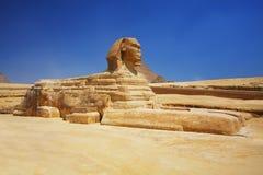 Sphinxen och pyramiderna i Egypten Royaltyfria Bilder