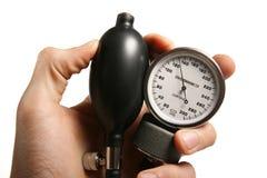 Sphygmomanometer a disposizione Immagini Stock Libere da Diritti