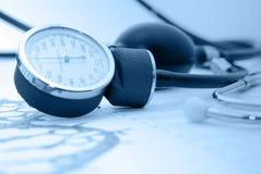 sphygmomanometer raportu medycznego Obraz Stock