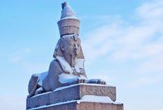 Sphynx egiziano antico autentico sulla banchina del fiume di Neva Fotografie Stock