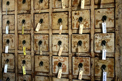 spiżarnia przylepiać etykietkę stare tace Obrazy Stock