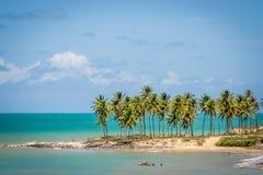 Spiagge del Brasile - Maracajau Marina militare fotografie stock libere da diritti