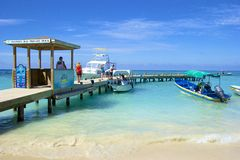 Spiaggia ad ovest della baia nell'Honduras Fotografie Stock