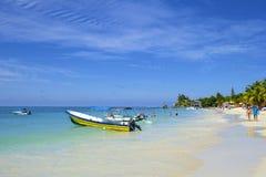 Spiaggia ad ovest della baia nell'Honduras Fotografia Stock