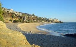 Spiaggia ad ovest in Laguna Beach del sud, California della via Fotografia Stock Libera da Diritti
