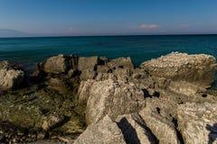 Spiaggia al mare ionico immagine stock libera da diritti