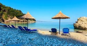 Spiaggia Albania di Pulebardha di mattina di estate fotografia stock libera da diritti