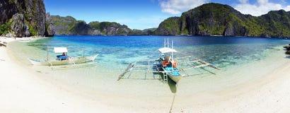 Spiaggia all'isola. EL Nido, Filippine fotografia stock libera da diritti