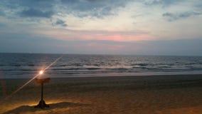 Spiaggia alla notte fotografie stock libere da diritti