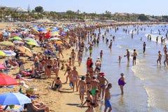 Spiaggia ammucchiata Immagine Stock