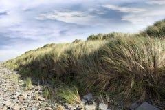 Spiaggia beal rocciosa drammatica Fotografia Stock