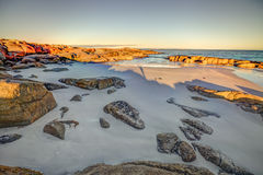 Spiaggia bianca in baia dei fuochi Fotografie Stock Libere da Diritti