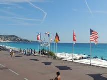 Spiaggia blu piacevole Fotografia Stock Libera da Diritti