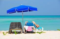 Spiaggia caraibica che si abbronza, Messico Fotografia Stock