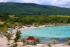 Spiaggia caraibica della stazione turistica Fotografia Stock Libera da Diritti