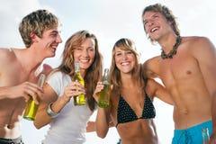 spiaggia che celebra partito Fotografia Stock Libera da Diritti
