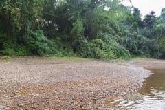 Spiaggia con i ciottoli Immagini Stock Libere da Diritti