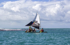 Spiaggia con le barche a vela tipiche del Brasile di nordest Immagine Stock Libera da Diritti