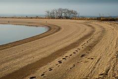 Spiaggia curva Fotografia Stock Libera da Diritti
