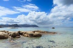 Spiaggia dei massi - Cape Town fotografia stock libera da diritti