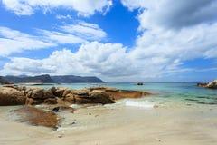 Spiaggia dei massi nel Sudafrica Fotografia Stock