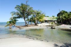 Spiaggia del BLANCA di Playa vicino a Livingston Immagini Stock Libere da Diritti