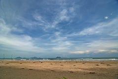 spiaggia del cielo blu Fotografia Stock Libera da Diritti