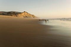 Spiaggia del San Gregorio al tramonto fotografia stock libera da diritti