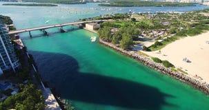 Spiaggia del sud, Miami Beach florida Parco di Haulover Video aereo video d archivio