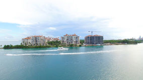 Spiaggia del sud, Miami Beach florida Siluetta dell'uomo Cowering di affari Fotografie Stock Libere da Diritti