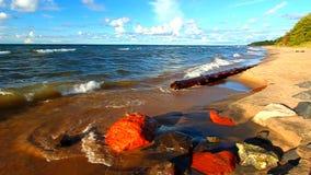 Spiaggia del superiore di lago michigan video d archivio