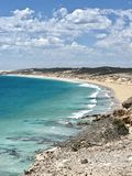 Spiaggia del turchese nella vista di Australia del sud da una scogliera della duna di sabbia Fotografie Stock Libere da Diritti