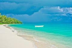 Spiaggia dell'isola di deserto Fotografia Stock