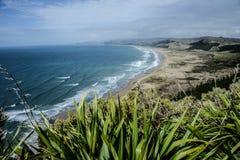 Spiaggia dell'oceano, baia di Hawkes, Nuova Zelanda Immagine Stock