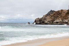 Spiaggia dell'oceano Pacifico fotografia stock