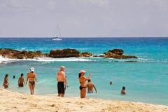 Spiaggia della baia della st Maarten Maho Immagini Stock