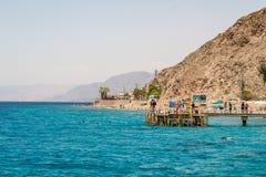 Spiaggia della città di Eilat, Mar Rosso, Israele Immagine Stock Libera da Diritti