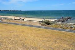 Spiaggia della spiaggia con una vista Immagini Stock Libere da Diritti